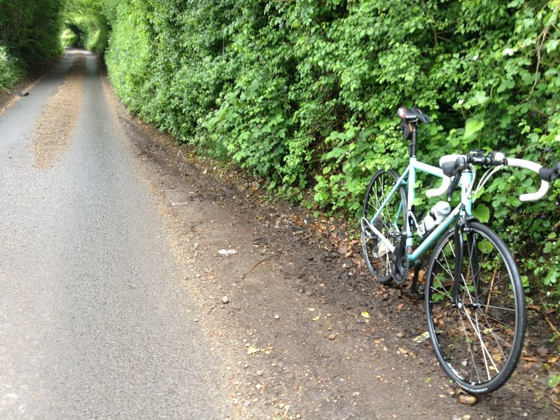 Condor Acciaio with Selle SMP Dynamic saddle on country lane